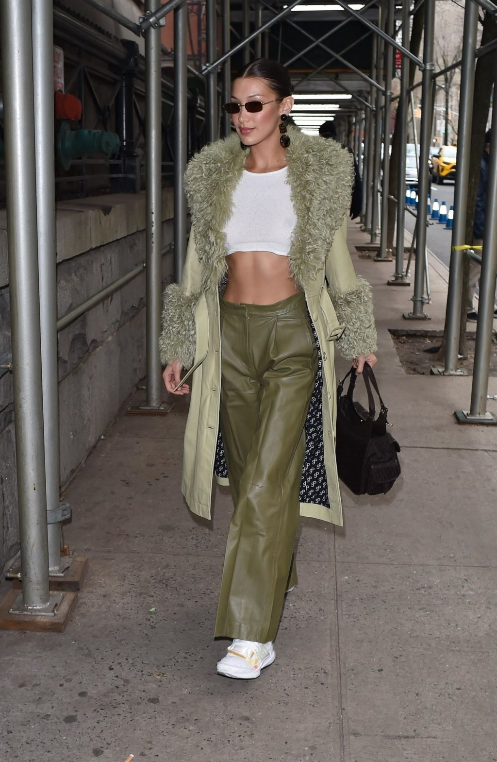 Bella Hadid See through The Fappening Blog 3 1 1024x1569 - Braless Bella Hadid Arrives at the Park Avenue Armory for the Marc Jacobs Fashion Show (59 Photos)