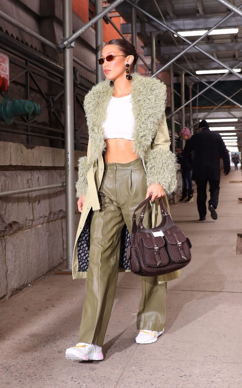 Bella Hadid See through The Fappening Blog 32 1024x1638 - Braless Bella Hadid Arrives at the Park Avenue Armory for the Marc Jacobs Fashion Show (59 Photos)