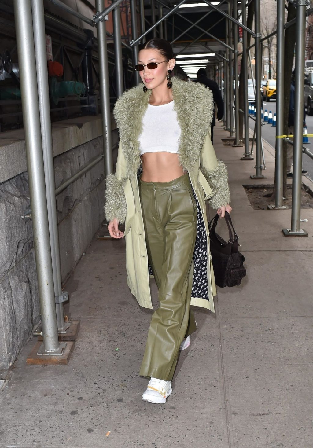 Bella Hadid See through The Fappening Blog 7 1 1024x1466 - Braless Bella Hadid Arrives at the Park Avenue Armory for the Marc Jacobs Fashion Show (59 Photos)