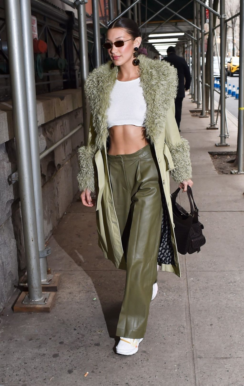 Bella Hadid See through The Fappening Blog 9 1024x1618 - Braless Bella Hadid Arrives at the Park Avenue Armory for the Marc Jacobs Fashion Show (59 Photos)