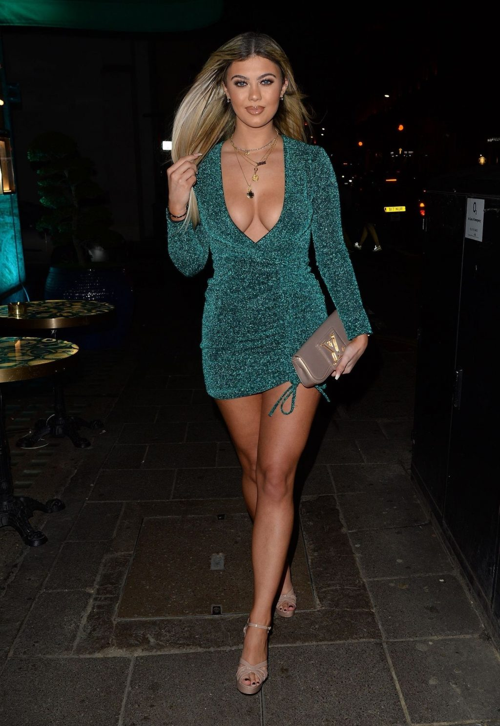 Busty Belle Hassan Seen at Sexy Fish Mayfair in London (31 Sexy Photos)