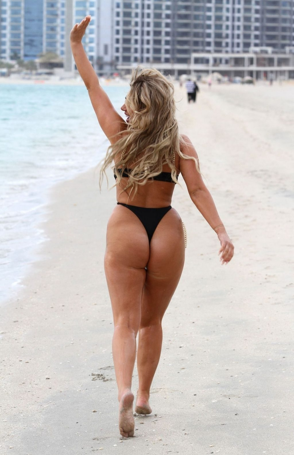 Bethan Kershaw Shows Off Her Curves in a Sexy Swimsuit in Dubai (50 Photos)