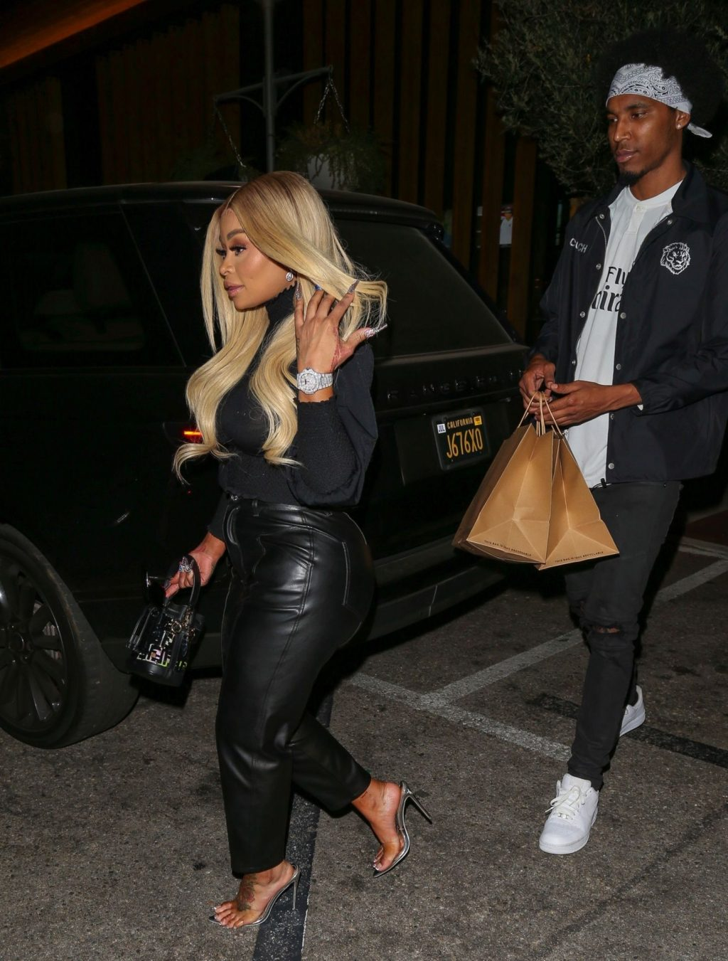 Blac Chyna's New Mystery Man Spotted Licking Her Feet (18 Photos)