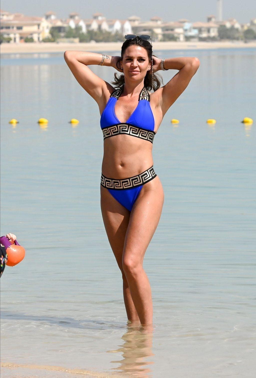 Sexy Model Danielle Lloyd is Seen On a Family Break in Dubai (33 Photos)