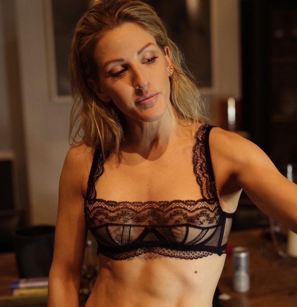 Ellie Goulding's Nipple Peek (1 Photo)