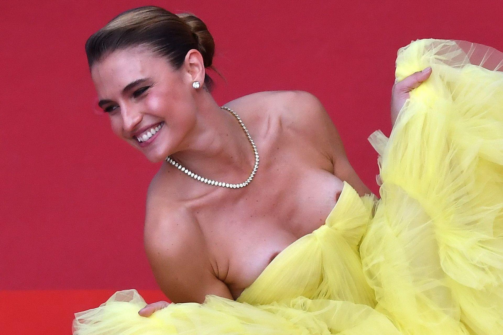 nackt Liz Fernanda Fernanda Liz