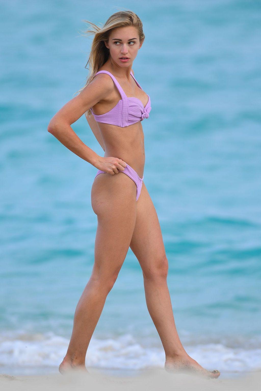 Model Gilda Joelle Osborn Looks Hot in Miami Beach (20 Photos)
