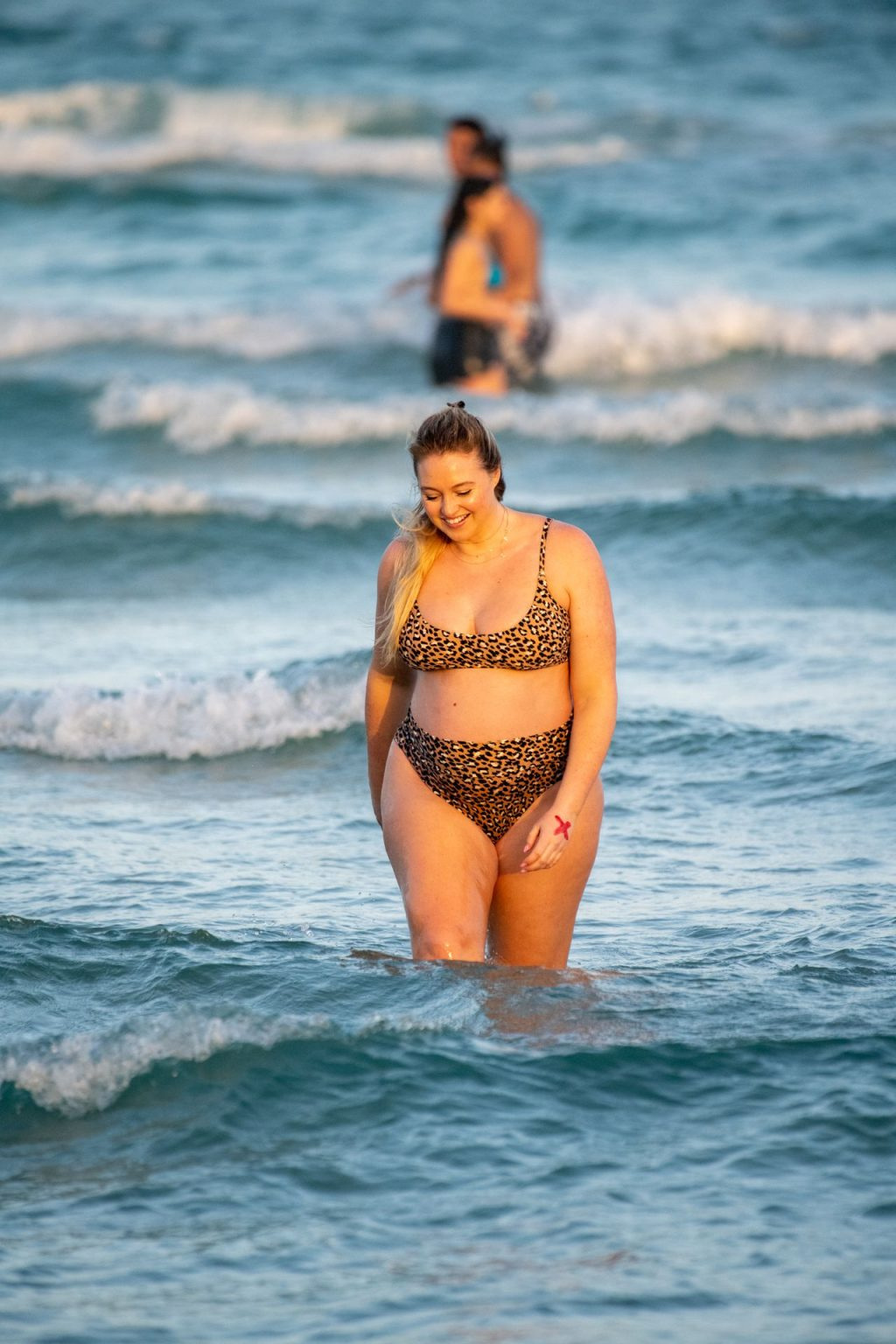 Iskra Lawrence Sexy The Fappening Blog 15 1024x1536 - Heavily Pregnant Model Iskra Lawrence Takes A Sunset Dip In Miami Beach (44 Photos)