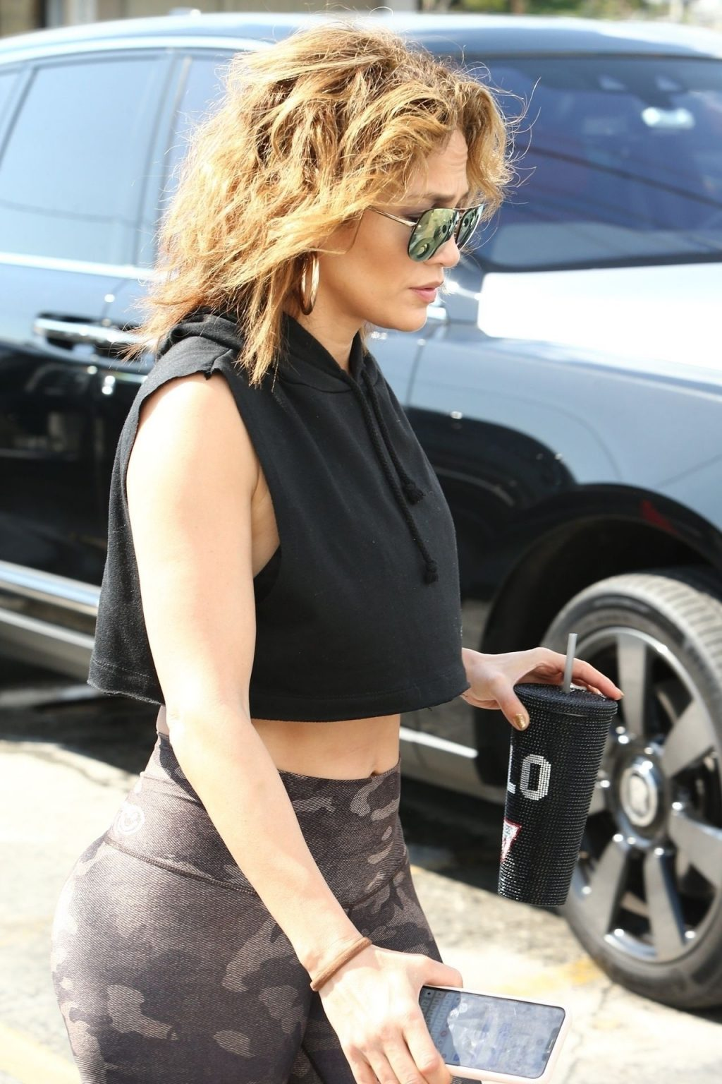 Jennifer Lopez Sexy The Fappening Blog 2 1024x1536 - Jennifer Lopez Shows That Rock Hard Abs Don't Just Happen as She Dutifully Hits the Gym in Miami (48 Photos)