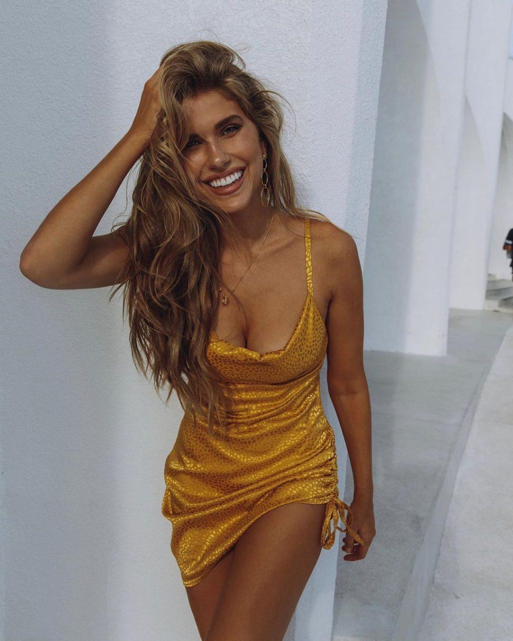 Kara del Toro Nude & Sexy (31 Photos)