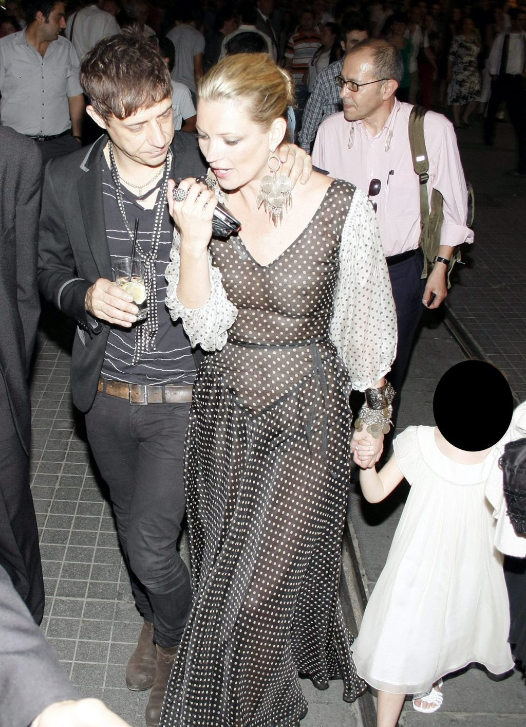 Kate Moss See Through (2 Photos)