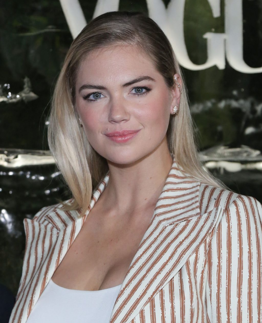 Kate Upton Sexy The Fappening Blog 58 1024x1261 - Kate Upton Attends Canada Goose And Vogue Cocktails & Conversations (104 Photos)