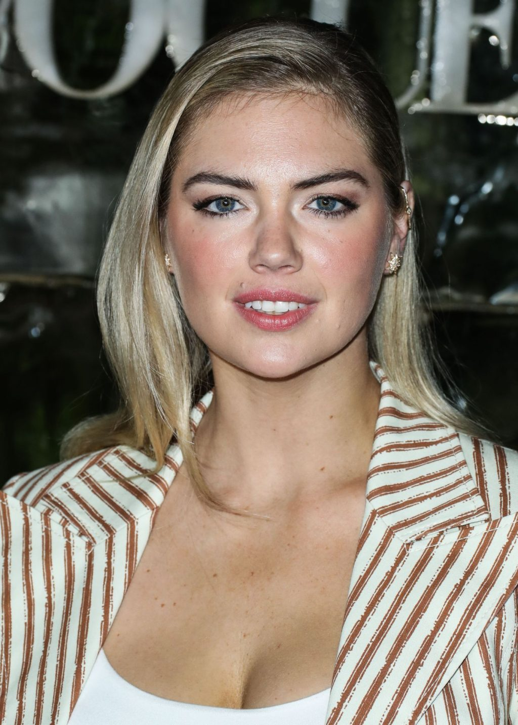 Kate Upton Sexy The Fappening Blog 62 1024x1434 - Kate Upton Attends Canada Goose And Vogue Cocktails & Conversations (104 Photos)