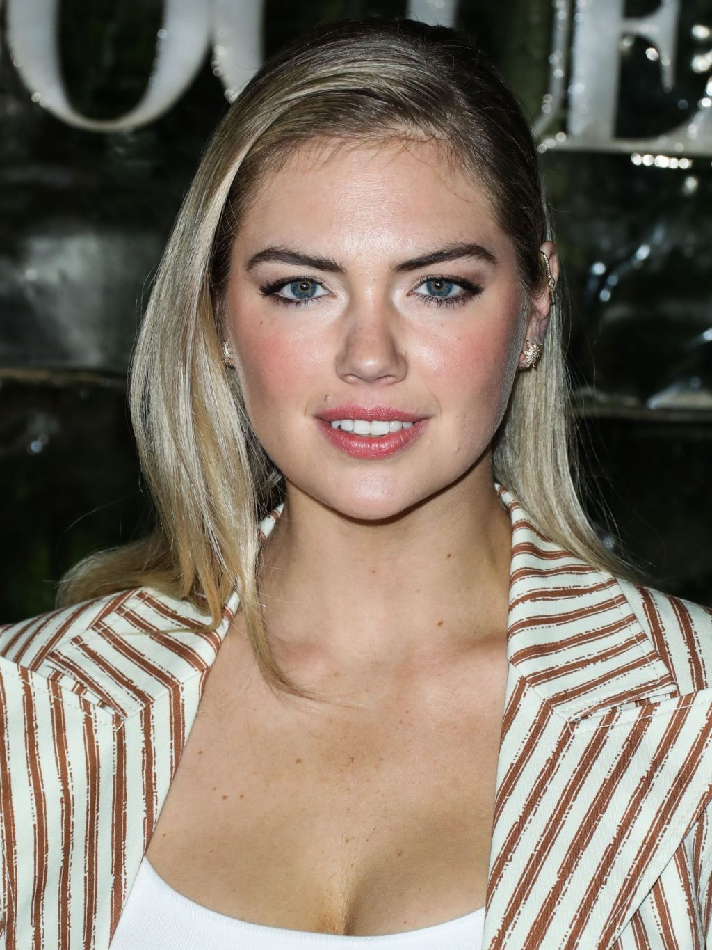 Kate Upton Sexy The Fappening Blog 64 1024x1365 - Kate Upton Attends Canada Goose And Vogue Cocktails & Conversations (104 Photos)