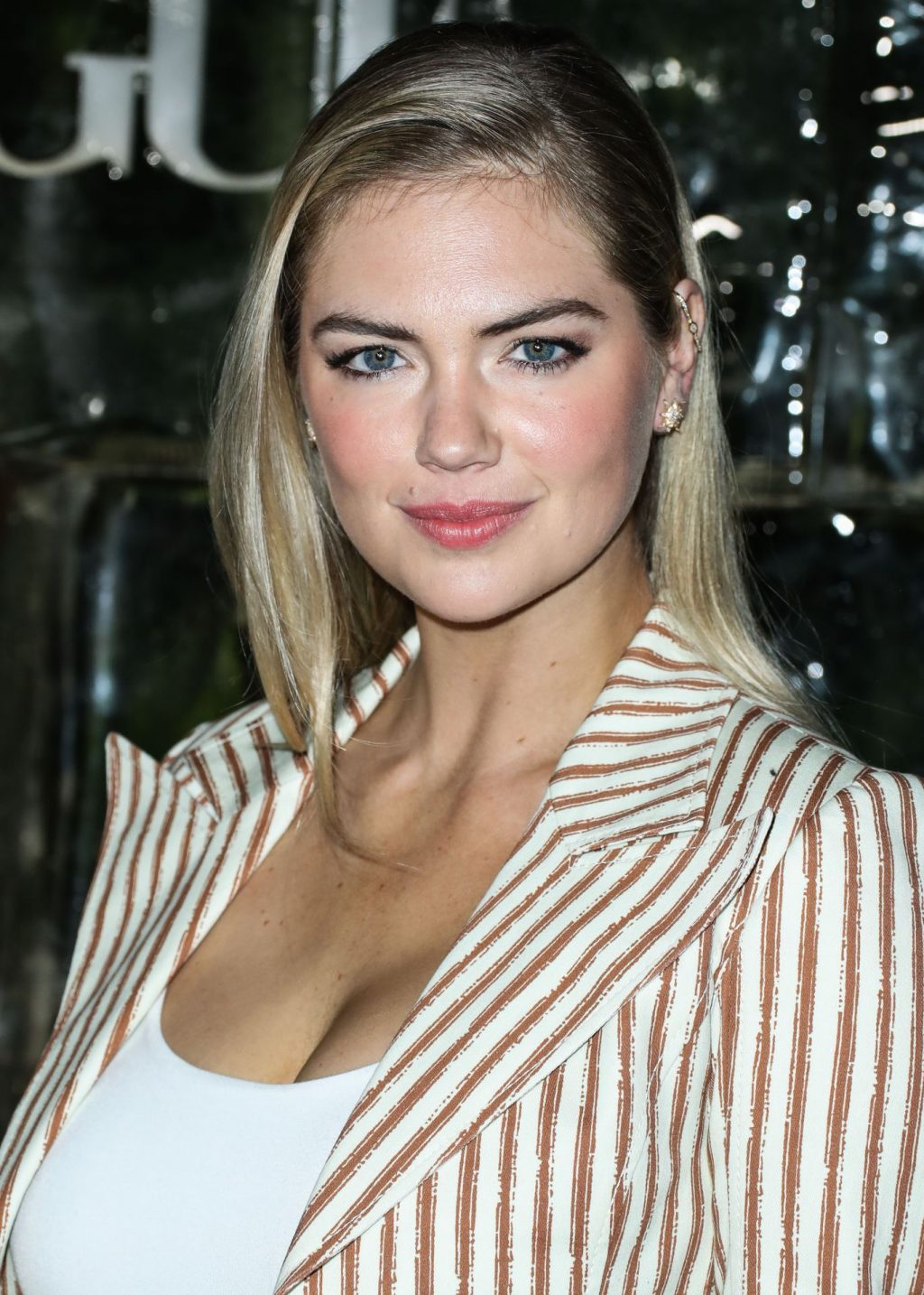 Kate Upton Sexy The Fappening Blog 79 1024x1434 - Kate Upton Attends Canada Goose And Vogue Cocktails & Conversations (104 Photos)