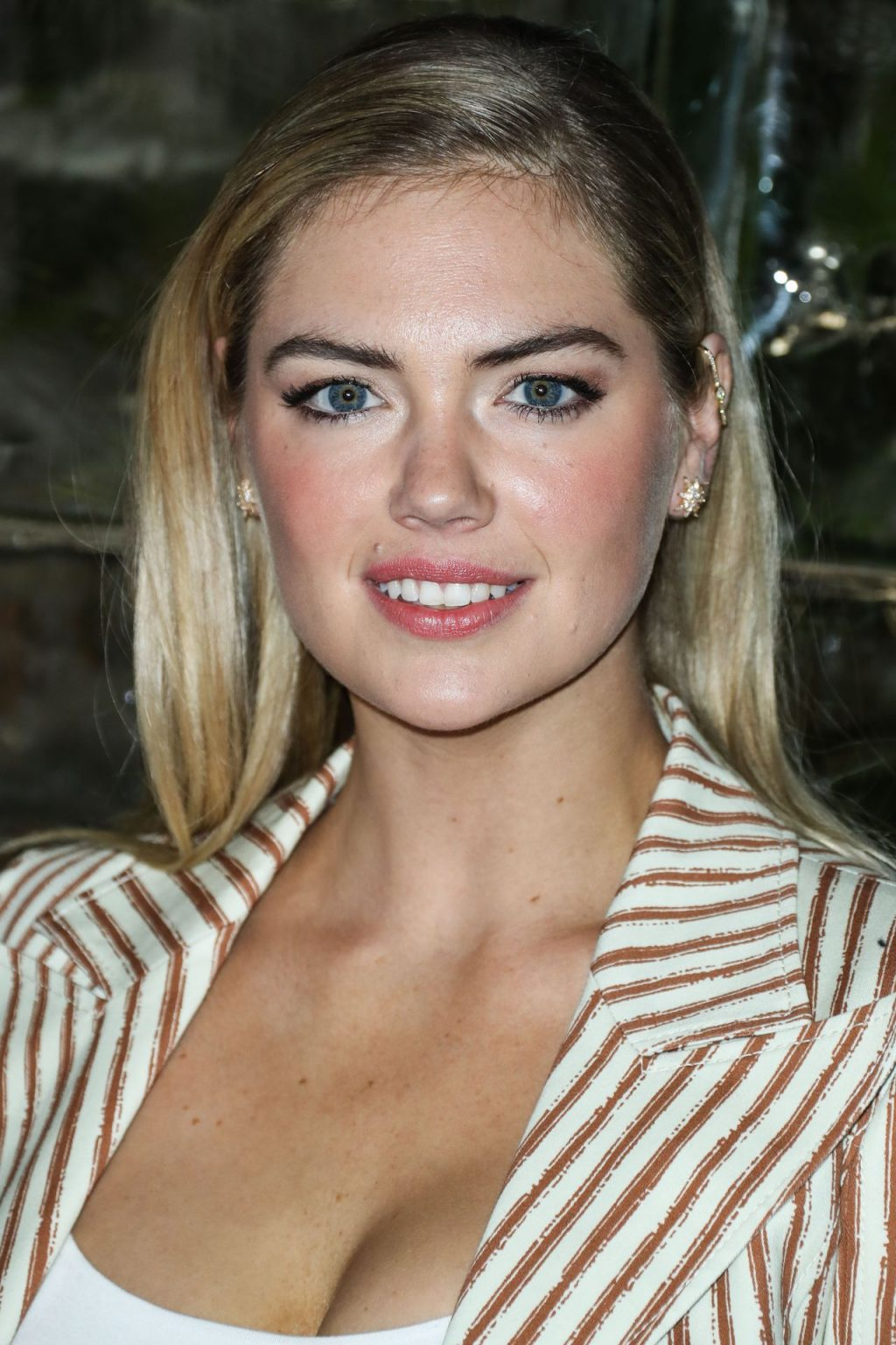 Kate Upton Sexy The Fappening Blog 95 1024x1536 - Kate Upton Attends Canada Goose And Vogue Cocktails & Conversations (104 Photos)