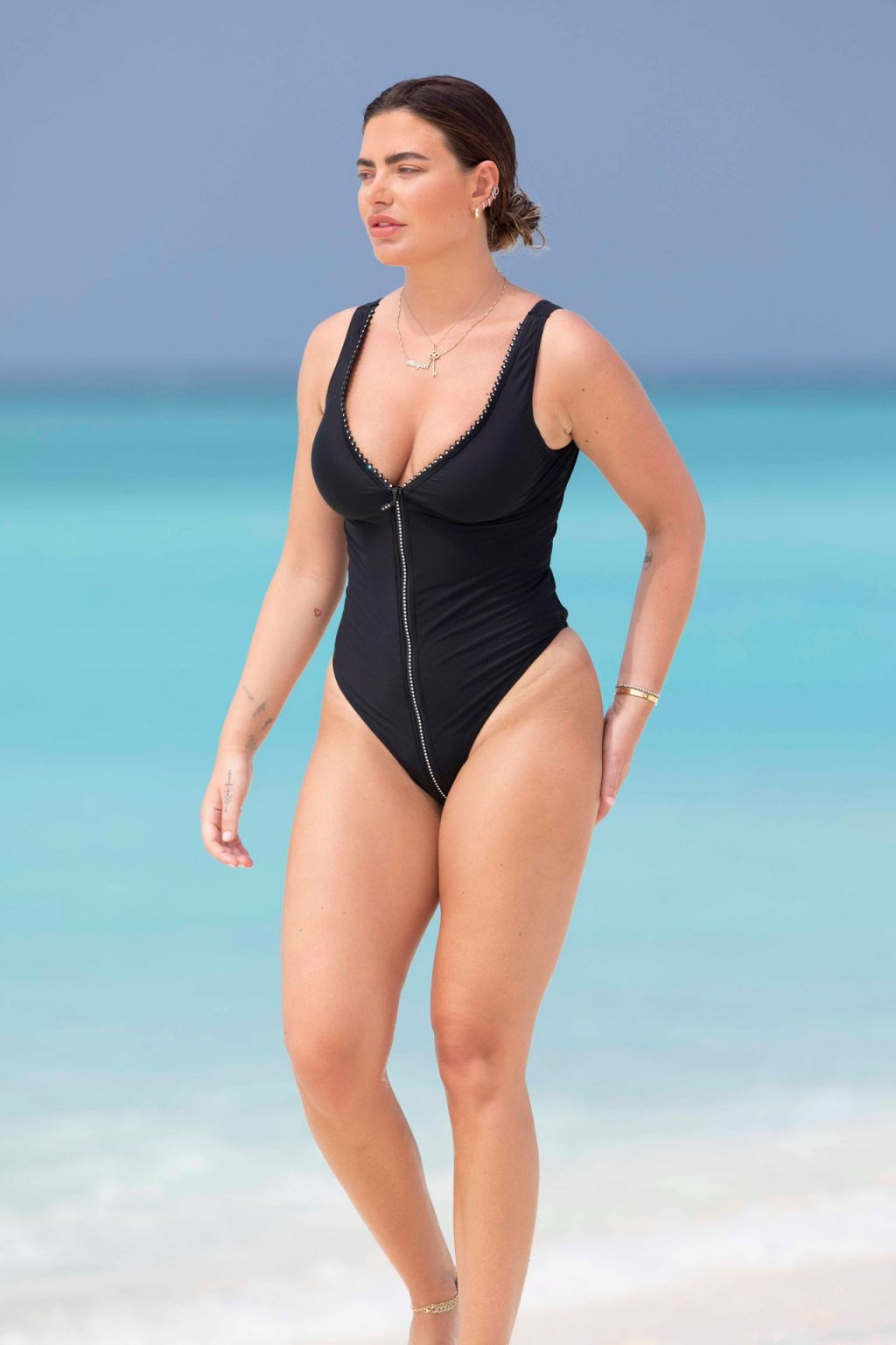 Megan Barton Hanson Sexy The Fappening Blog 12 1024x1536 - Megan Barton-Hanson Seen Enjoying Her Holiday in the Maldives (22 Photos)