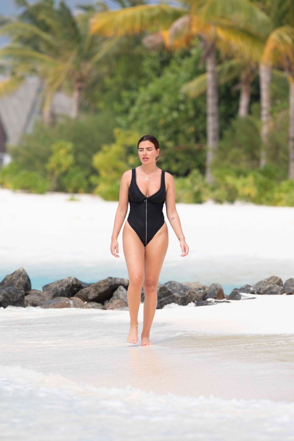 Megan Barton Hanson Sexy The Fappening Blog 4 1024x1536 - Megan Barton-Hanson Seen Enjoying Her Holiday in the Maldives (22 Photos)