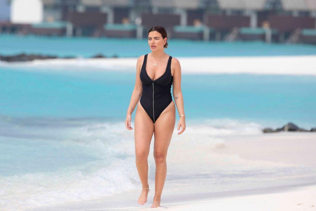 Megan Barton Hanson Sexy The Fappening Blog 6 1024x683 - Megan Barton-Hanson Seen Enjoying Her Holiday in the Maldives (22 Photos)