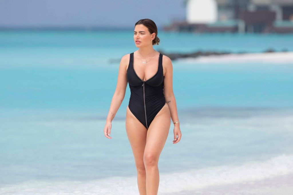 Megan Barton Hanson Sexy The Fappening Blog 9 1024x683 - Megan Barton-Hanson Seen Enjoying Her Holiday in the Maldives (22 Photos)