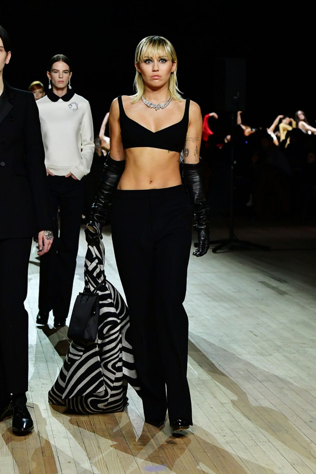 Miley Cyrus Sexy The Fappening Blog 3 4 1024x1537 - Miley Cyrus Walks the Runway at the Marc Jacobs Show (22 Photos + GIF & Video)