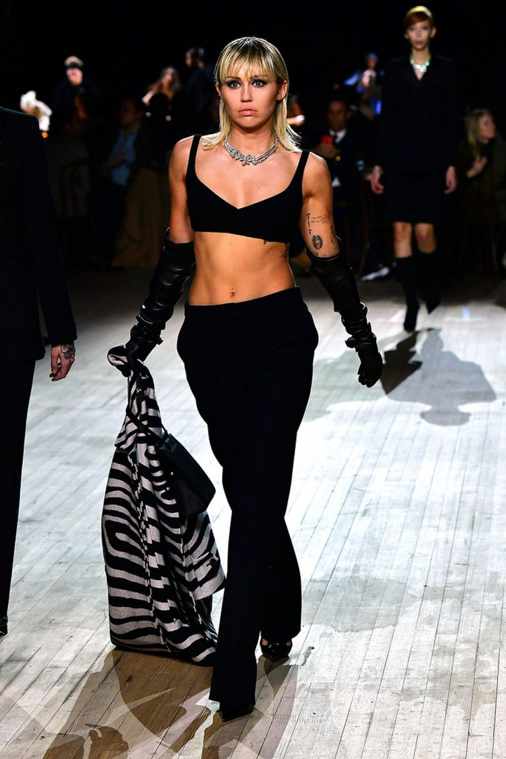 Miley Cyrus Sexy The Fappening Blog 4 4 1024x1535 - Miley Cyrus Walks the Runway at the Marc Jacobs Show (22 Photos + GIF & Video)