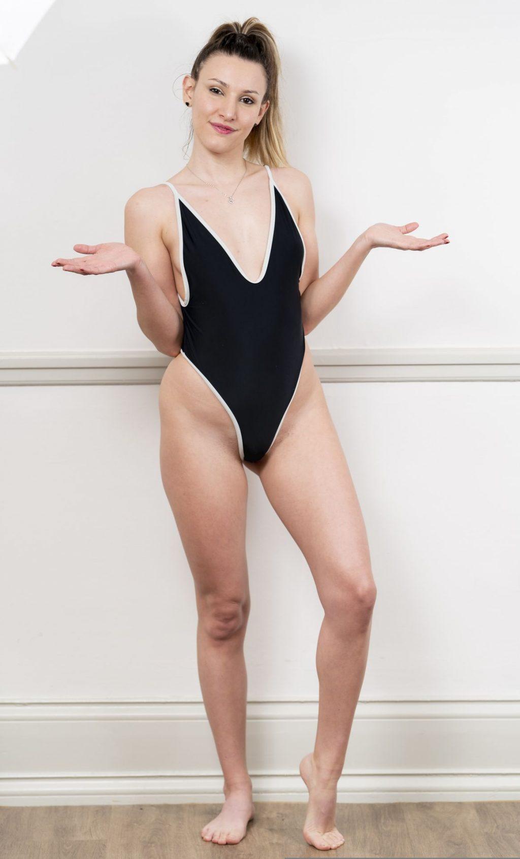 Nicole Bernardocchi Looks Hot in One-Piece (23 Photos)