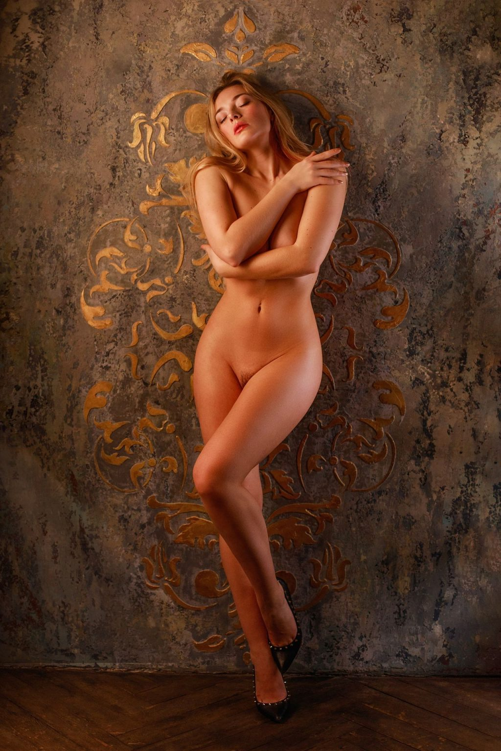 Olga Kobzar Nude (4 New Photos)