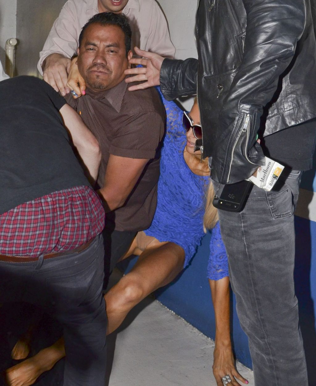 Paris Hilton's Panty Flash (5 Photos)
