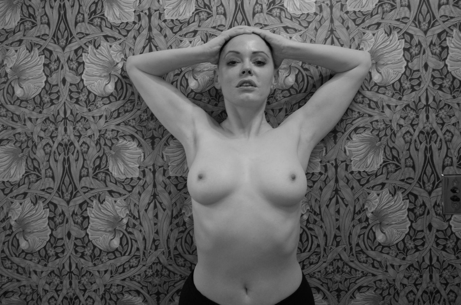 Rose mcgowan hot naked