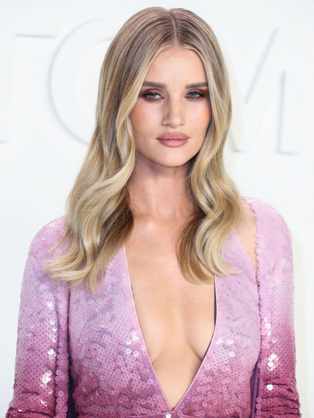 Rosie Huntington Whiteley Sexy The Fappening Blog 102 1024x1365 - Rosie Huntington-Whiteley Shows Her Cleavage at the Tom Ford Fashion Show (115 Photos)