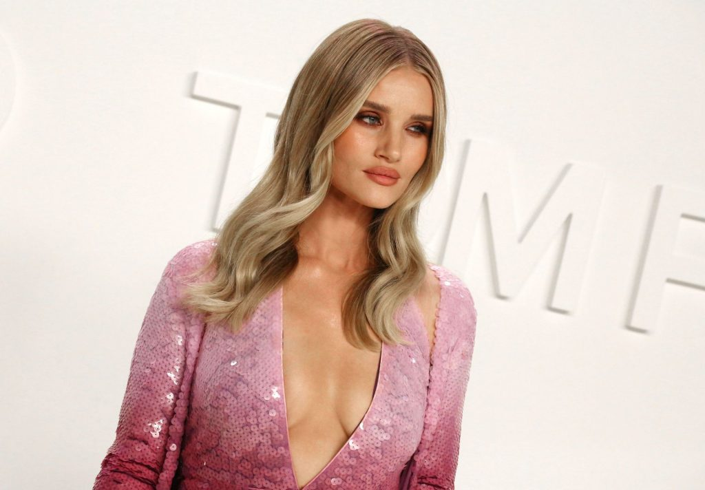 Rosie Huntington Whiteley Sexy The Fappening Blog 41 1024x712 - Rosie Huntington-Whiteley Shows Her Cleavage at the Tom Ford Fashion Show (115 Photos)