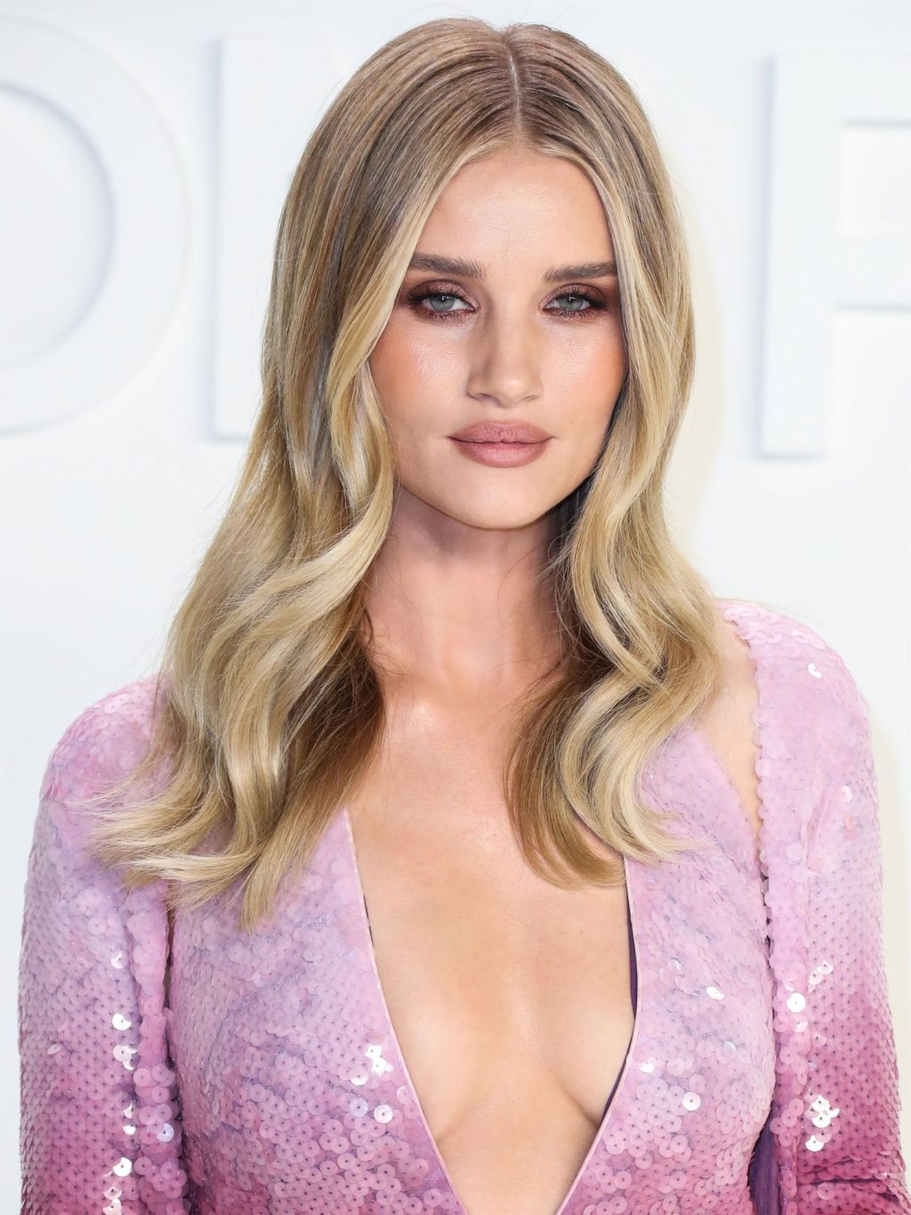 Rosie Huntington Whiteley Sexy The Fappening Blog 52 1024x1365 - Rosie Huntington-Whiteley Shows Her Cleavage at the Tom Ford Fashion Show (115 Photos)