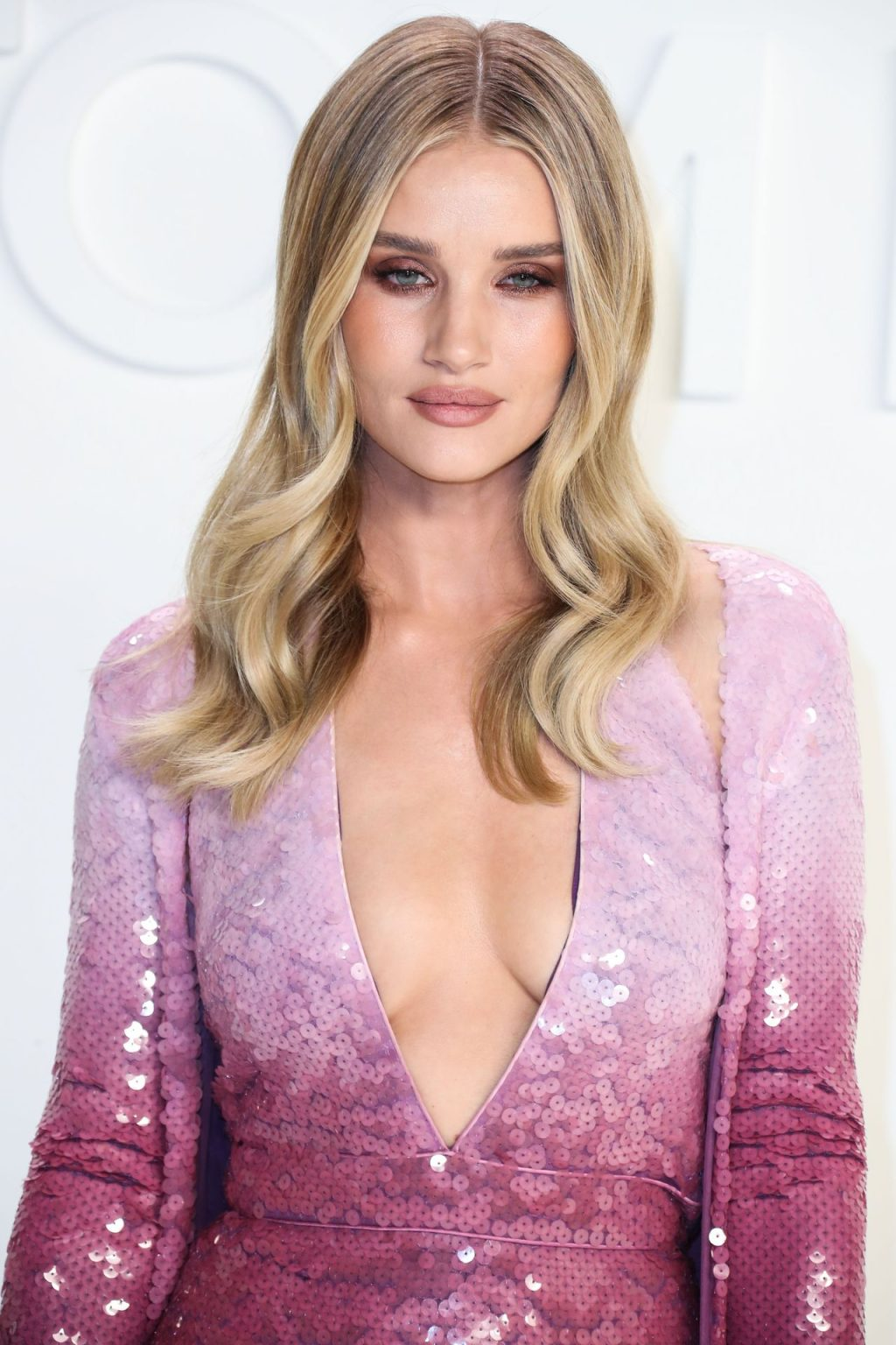 Rosie Huntington Whiteley Sexy The Fappening Blog 86 1024x1536 - Rosie Huntington-Whiteley Shows Her Cleavage at the Tom Ford Fashion Show (115 Photos)