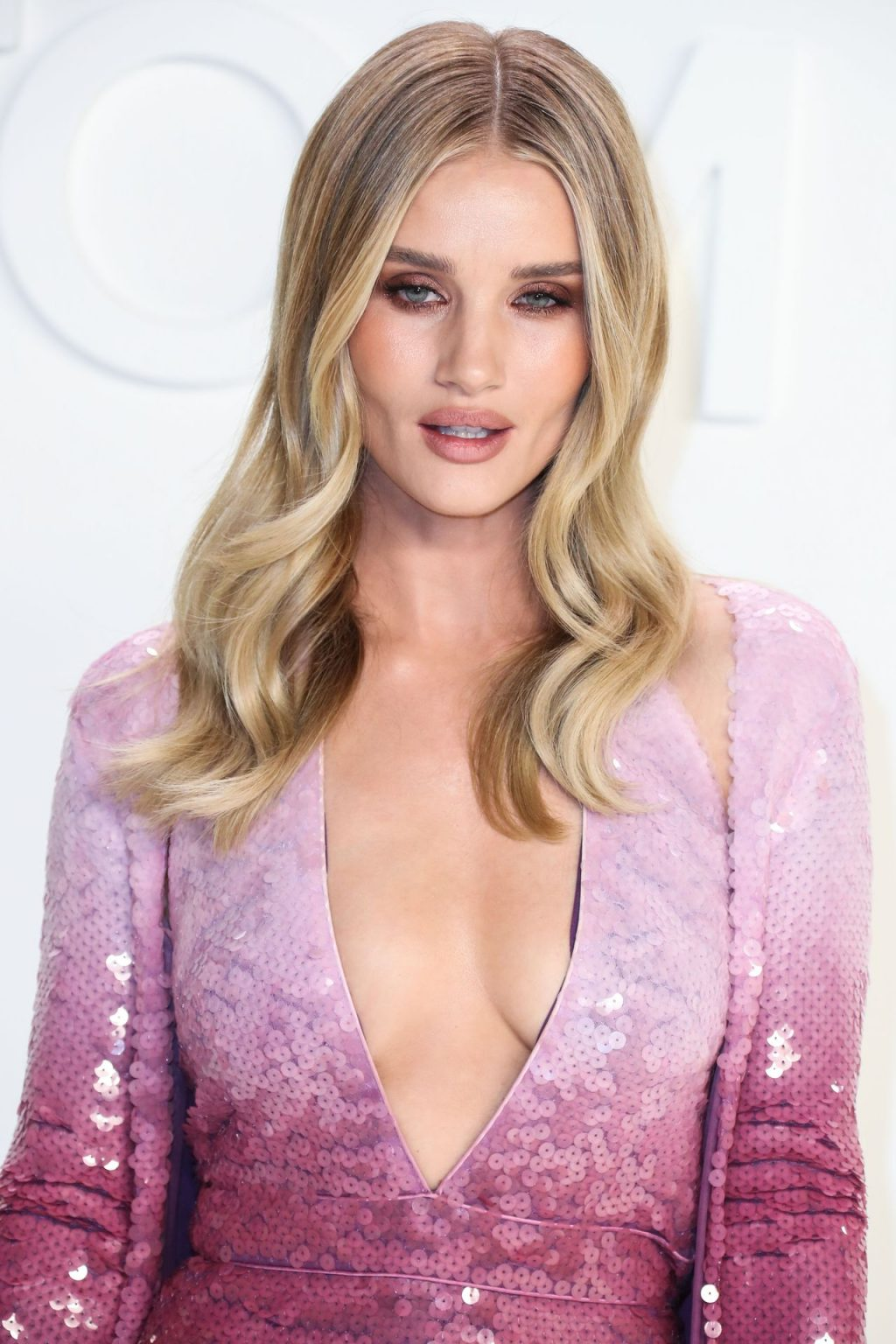 Rosie Huntington Whiteley Sexy The Fappening Blog 88 1024x1536 - Rosie Huntington-Whiteley Shows Her Cleavage at the Tom Ford Fashion Show (115 Photos)