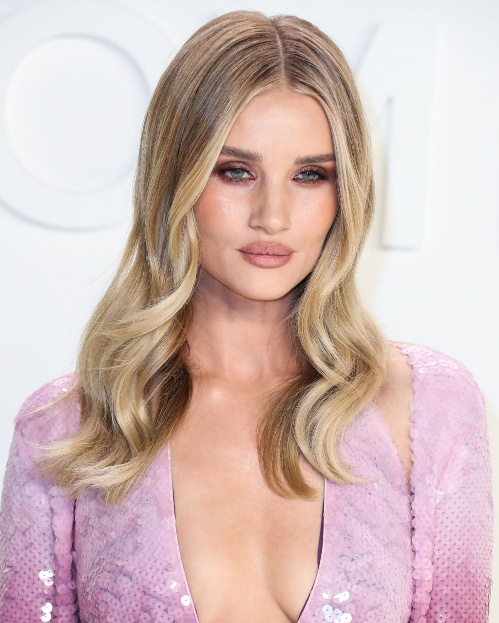 Rosie Huntington Whiteley Sexy The Fappening Blog 90 1024x1280 - Rosie Huntington-Whiteley Shows Her Cleavage at the Tom Ford Fashion Show (115 Photos)