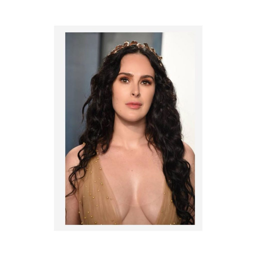 Rumer Willis Puts On Display Of Cleavage At Vanity Fair Party (40 Photos)