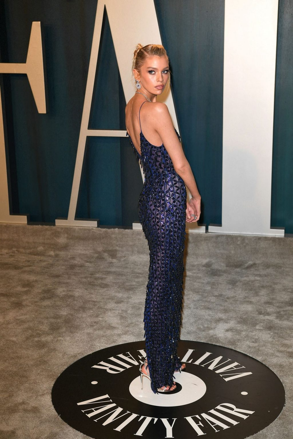 Braless Stella Maxwell Looks Hot in a Blue Gown (32 Photos)