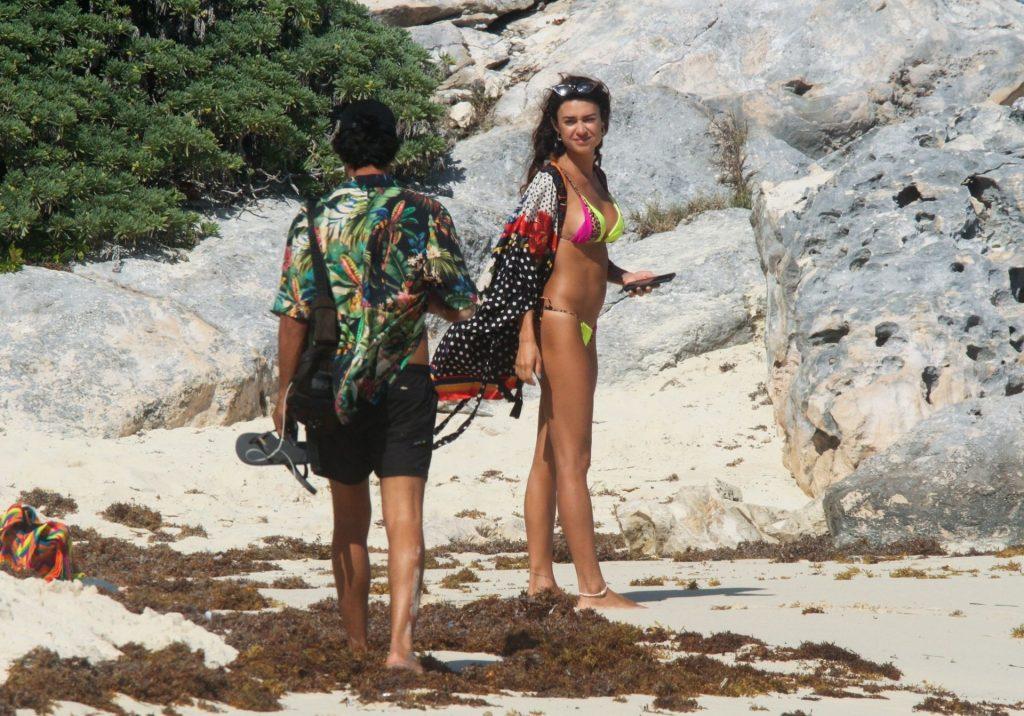Thaila Ayala Frolics in the Sun with Hubby Renato Goés in Tulum (39 Photos)