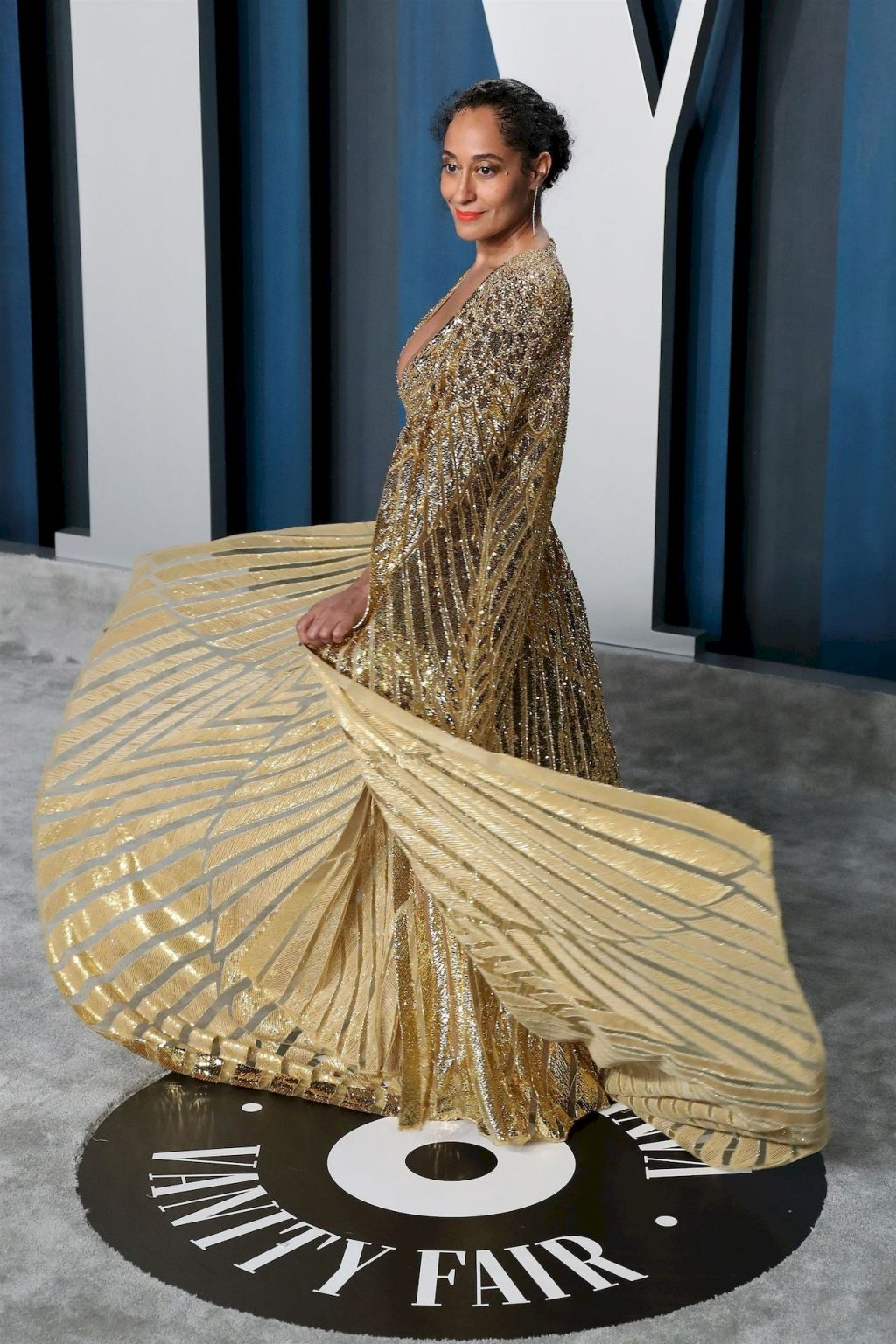 Tracee Ellis Ross Flaunts Her Deep Cleavage at the 2020 Vanity Fair Oscar Party (11 Photos)