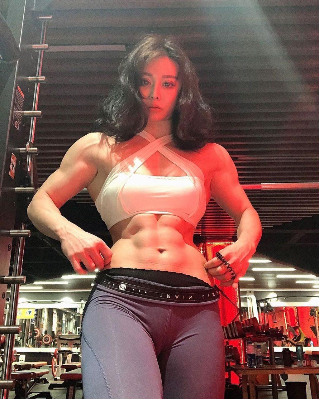 Asian Female Bodybuilder Porn yuan herong nude & sexy (78 photos)   #thefappening