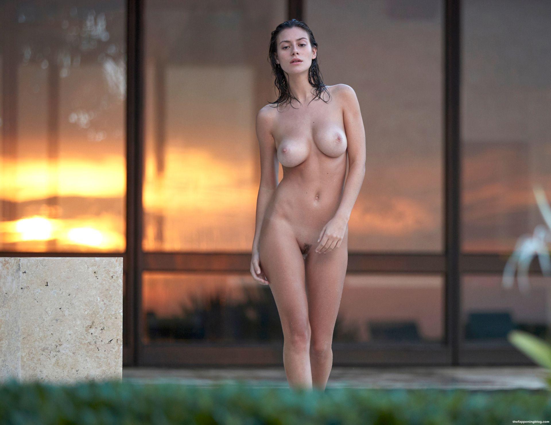 Alejandra-Guilmant-Naked-Tits-211-thefappeningblog.com_.jpg
