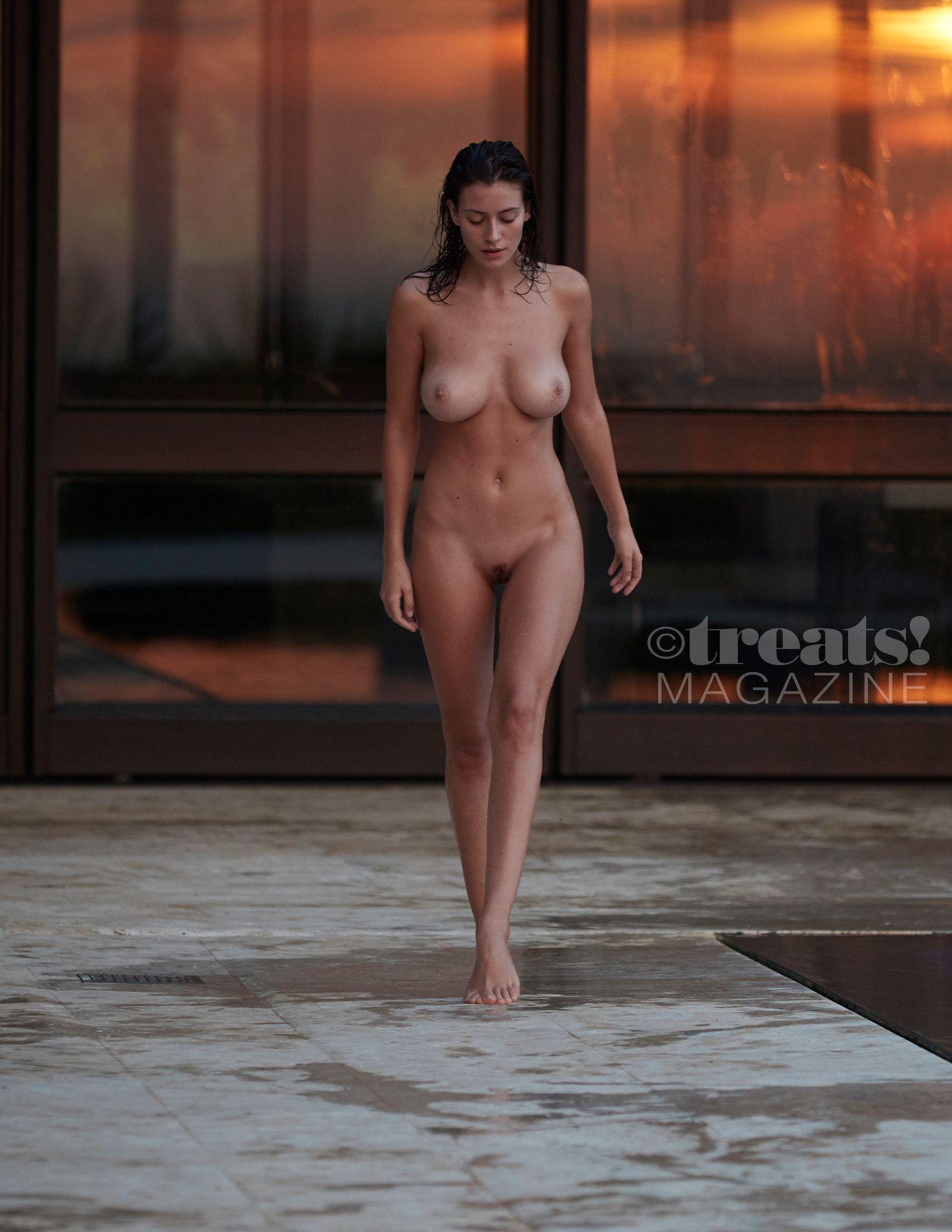 Alejandra-Guilmant-Nude-The-Fappening-Blog-10.jpg