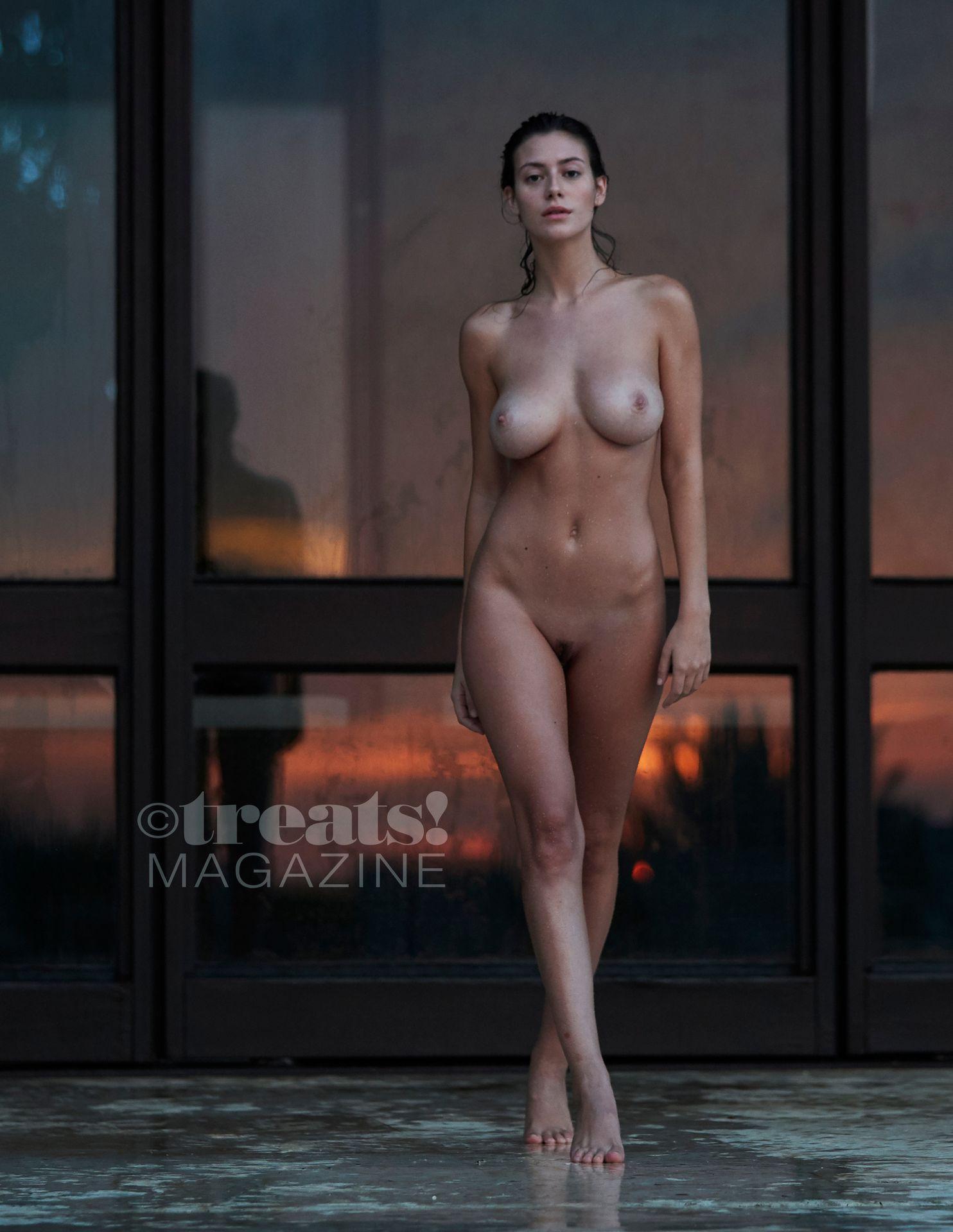 Alejandra-Guilmant-Nude-The-Fappening-Blog-21.jpg