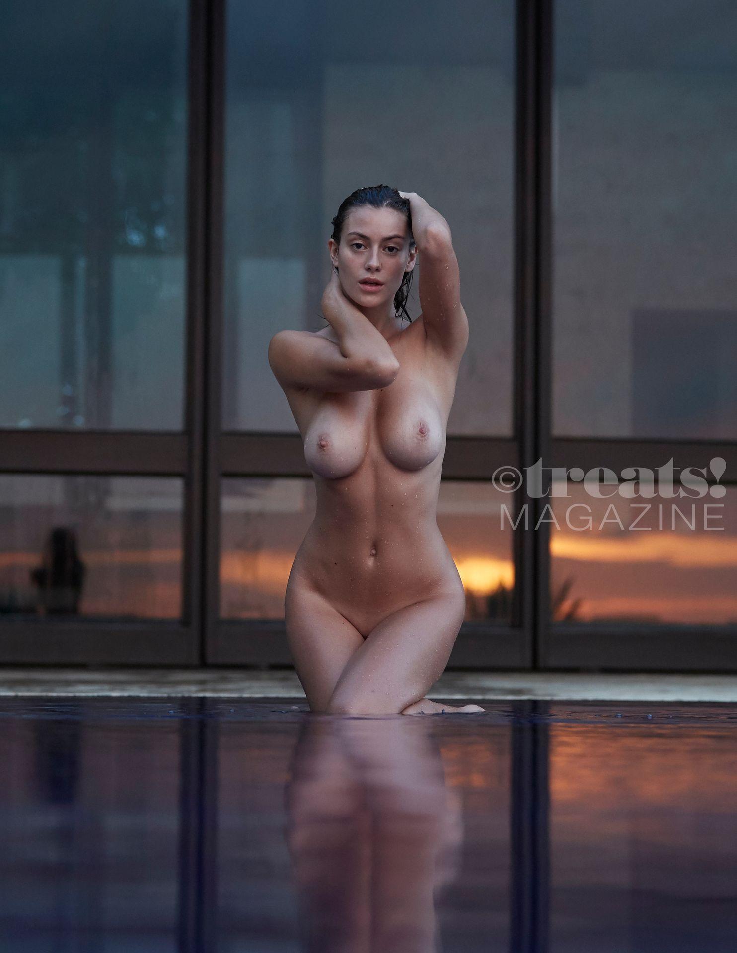 Alejandra-Guilmant-Nude-The-Fappening-Blog-22.jpg
