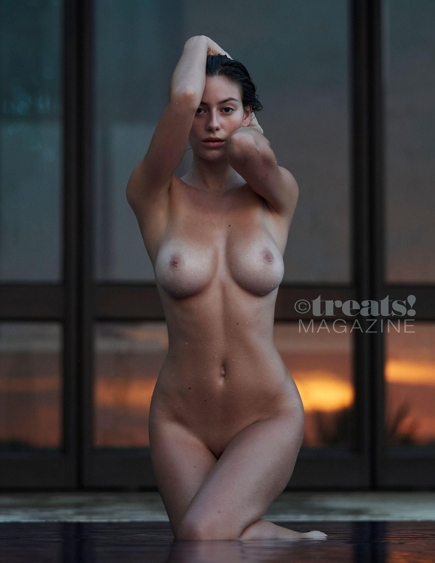 Alejandra-Guilmant-Nude-The-Fappening-Blog-24.jpg