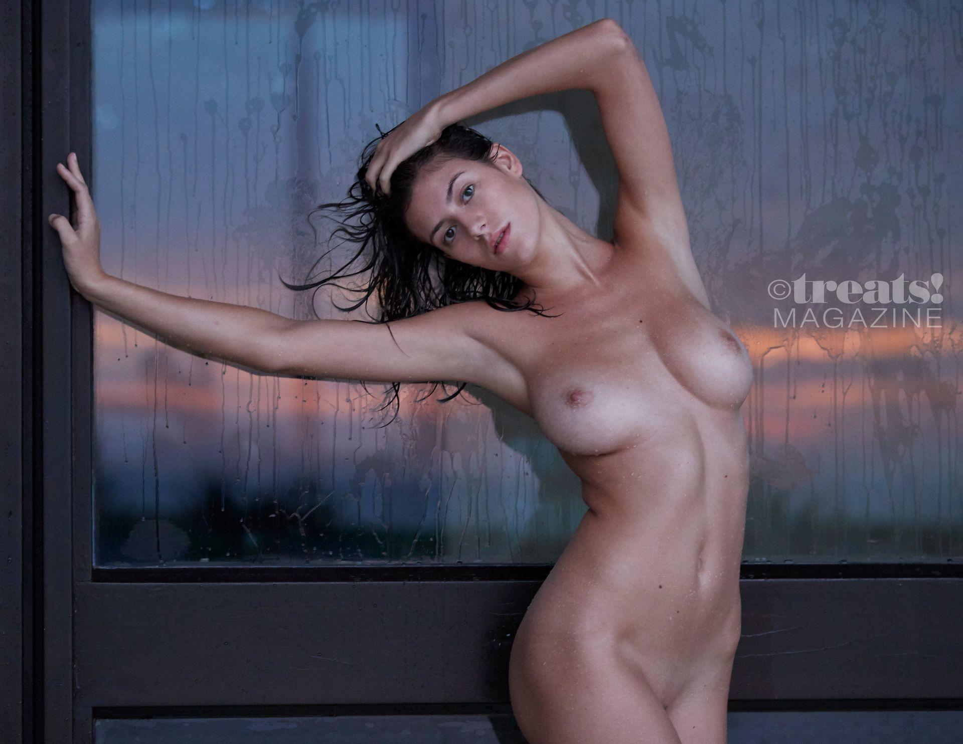 Alejandra-Guilmant-Nude-The-Fappening-Blog-7.jpg