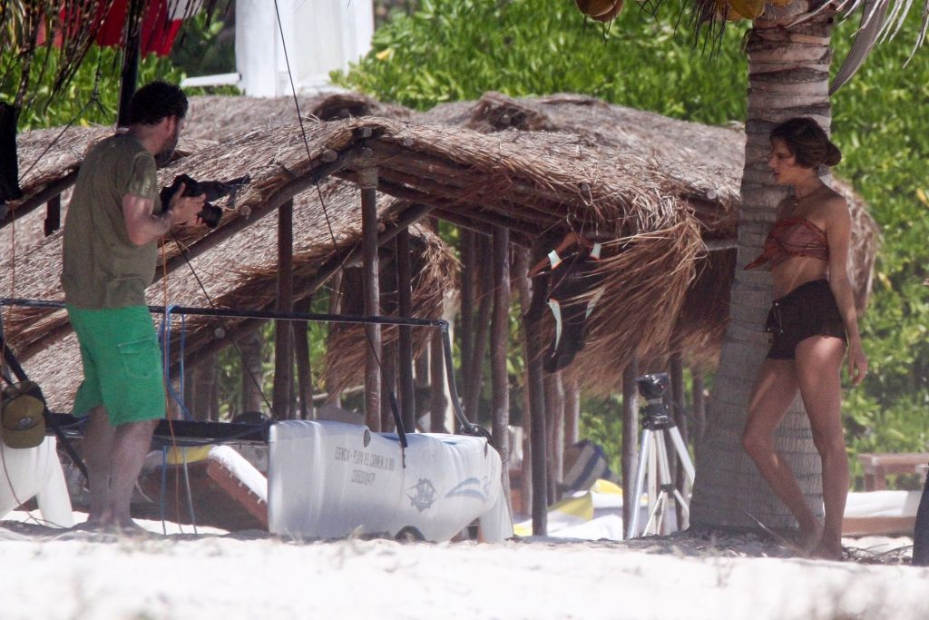 Alessandra Ambrosio Brings Her Good Looks to Mexico (74 Photos)