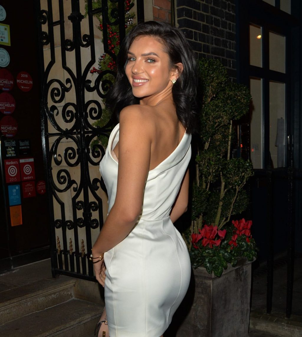 Alexandra Cane Shows Off Her Amazing Weight Loss in London (6 Photos)