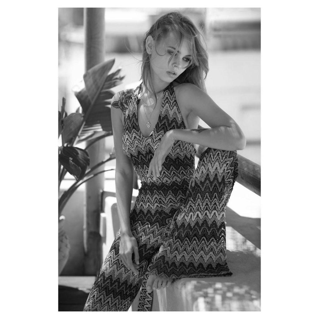 Anastasia Scheglova Nude & Sexy (8 Photos)
